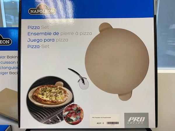 Napoleon PRO Pizzastein mit Pizzaschneider